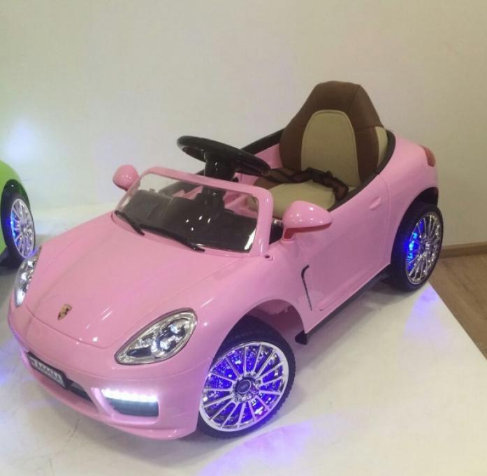 Детский электромобиль Rivertoys Porsche Panamera А444АА розовый кожа