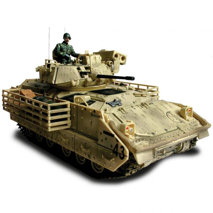 Коллекционная модель Unimax БМП M3A2 Bradley Италия 1944 США 80091