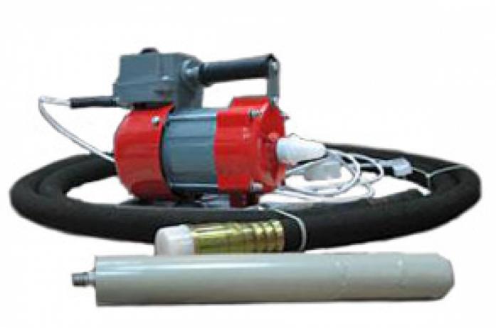 Виброплита RedVerg RD-RE-1,5 кВт (комплект)(+гиб.вал 3м+вибробулава 51 мм)